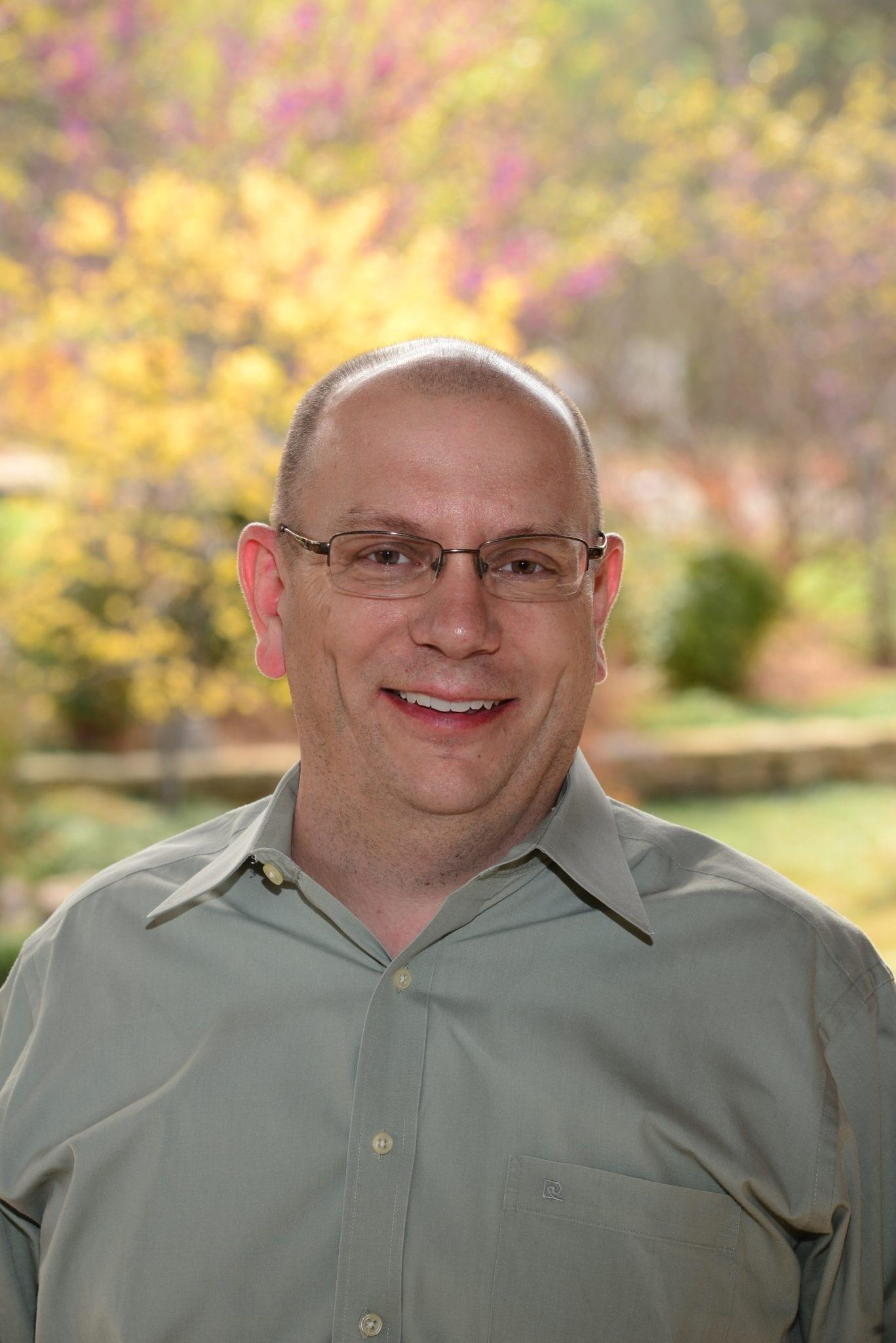 Bill Bumpas, Vice Presidente de Programación